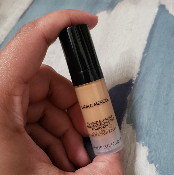 laura mercier Other - Laura Mercier Flawless Lumiere Radiance Foundation